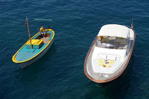 Le barche della flotta Lumacharter in Costiera Amalfitana e Capri