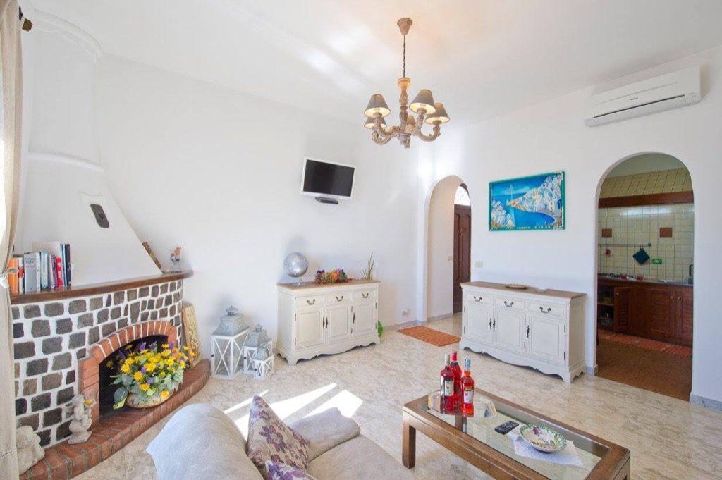 Casa Coccinella interior living room