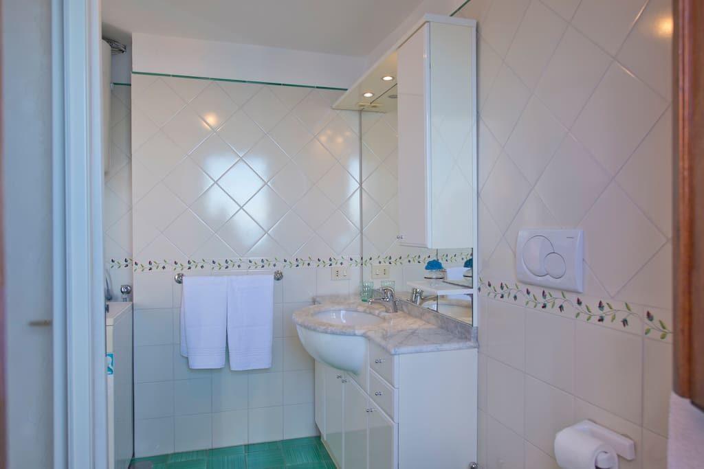 Casa Regina bathroom
